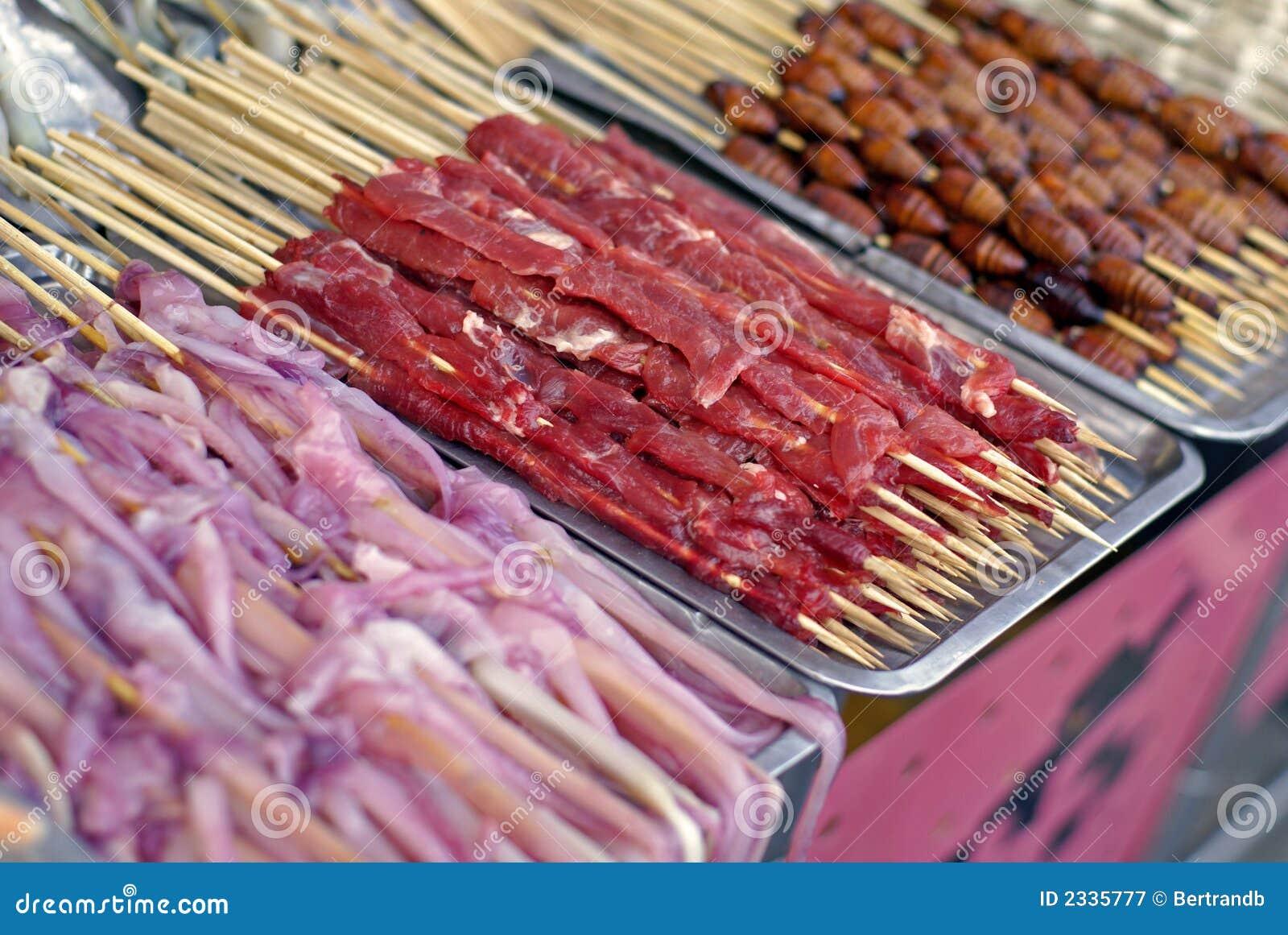 Chińskie jedzenie kebaby rynku