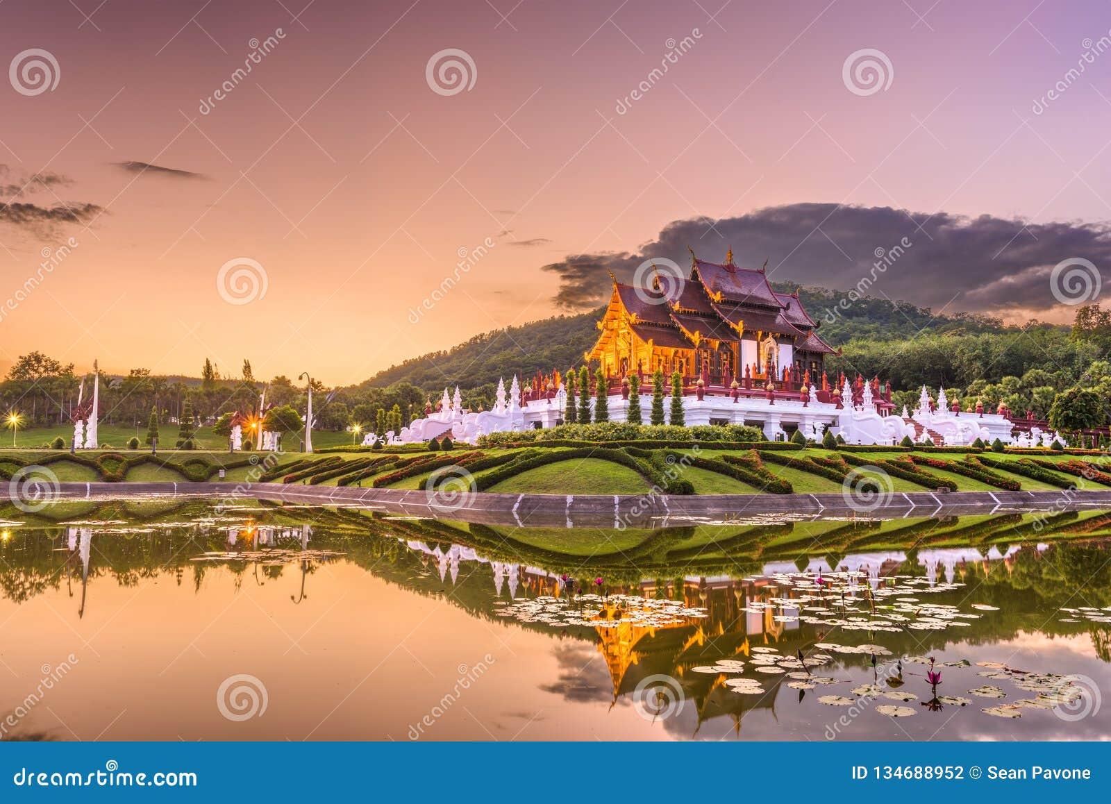 Chiang Mai, parque de Tailândia e pavilhão
