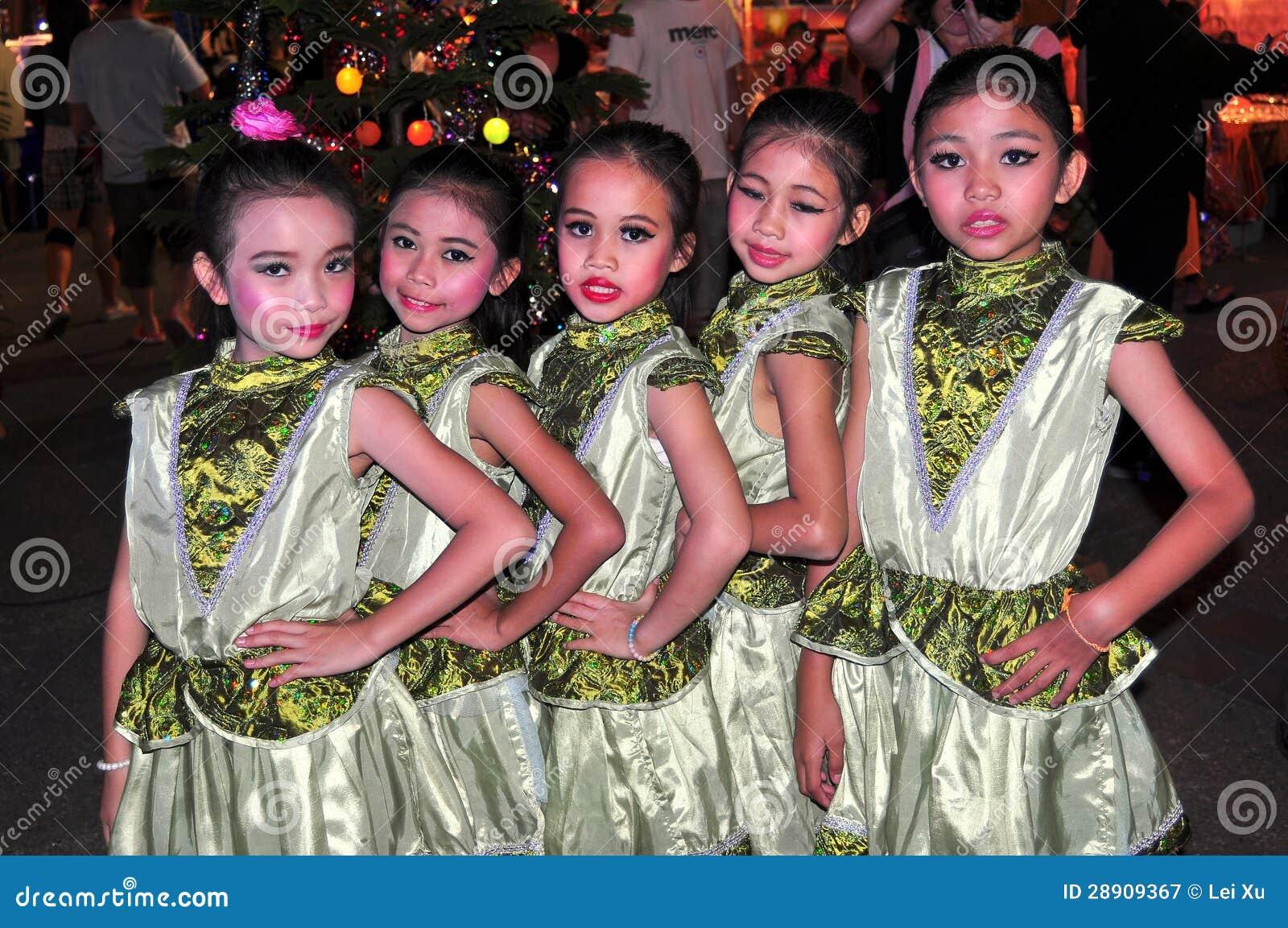 thai girls in thailand