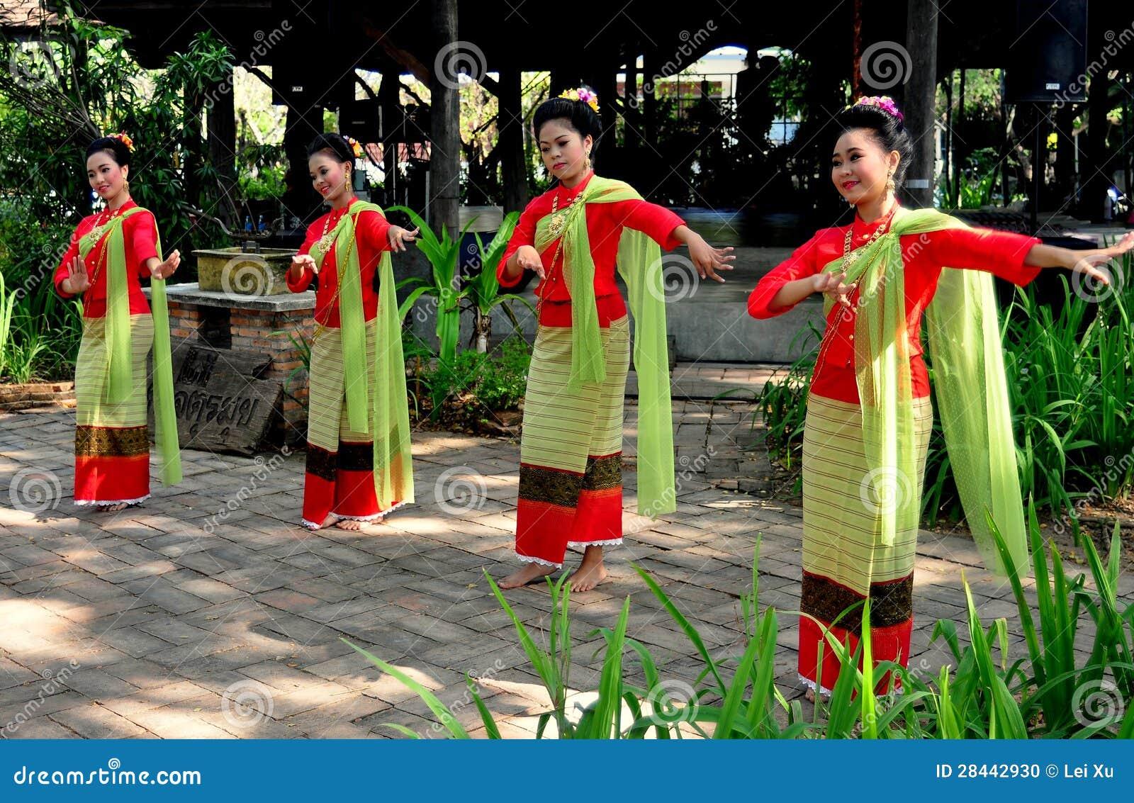 Chiang Mai, Thailand: Khong Tänzer