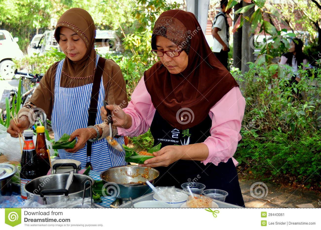 chiang mai muslim girl personals Find the best things to do in bangkok with rough guides explore the main areas and read about what to do in bangkok with this bangkok guide  chiang mai every.
