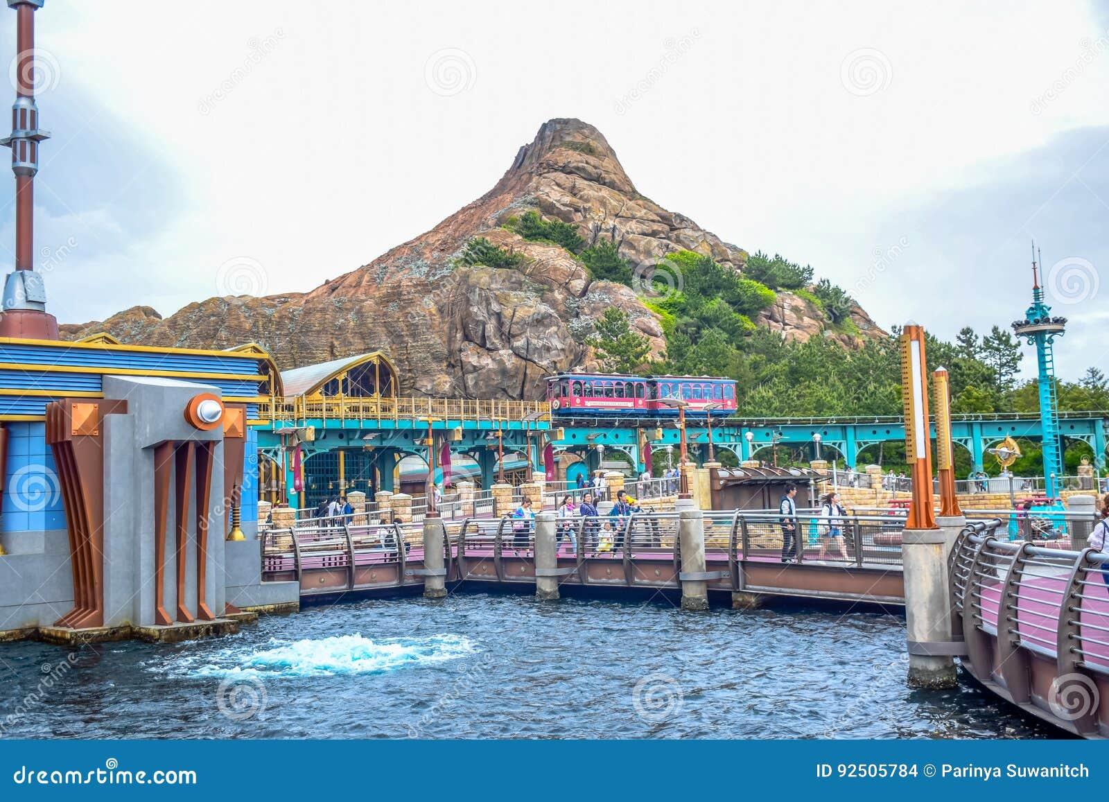 CHIBA, JAPAN - MAG, 2016: Het gebied van de havenontdekking in Tokyo Disneysea in Urayasu, Chiba, Japan wordt gevestigd dat