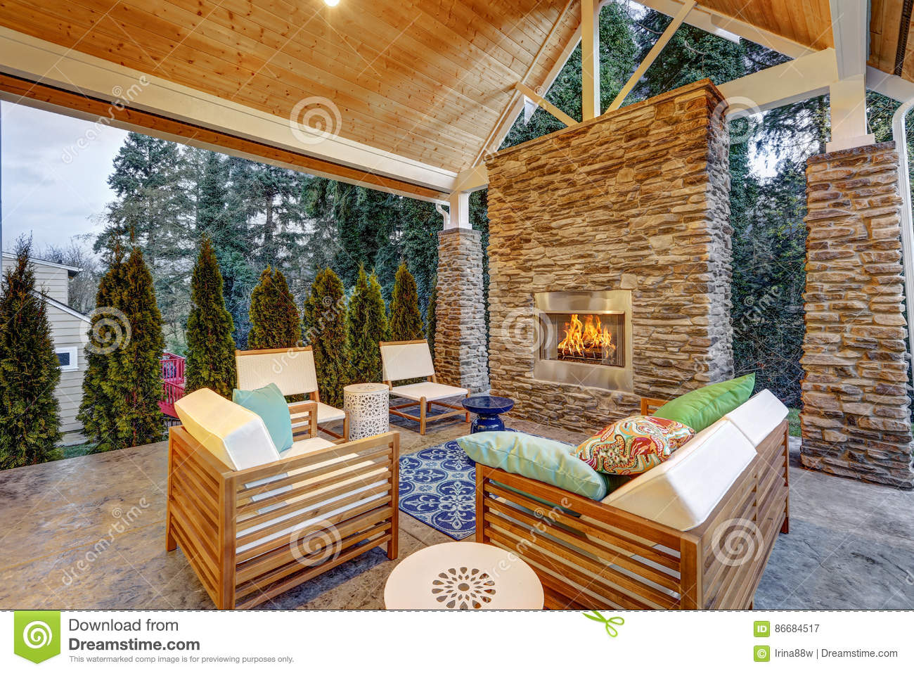 Chic Covered Back Patio With Built In Gas Fireplace Stock Image Image Of Rental Area 86684517