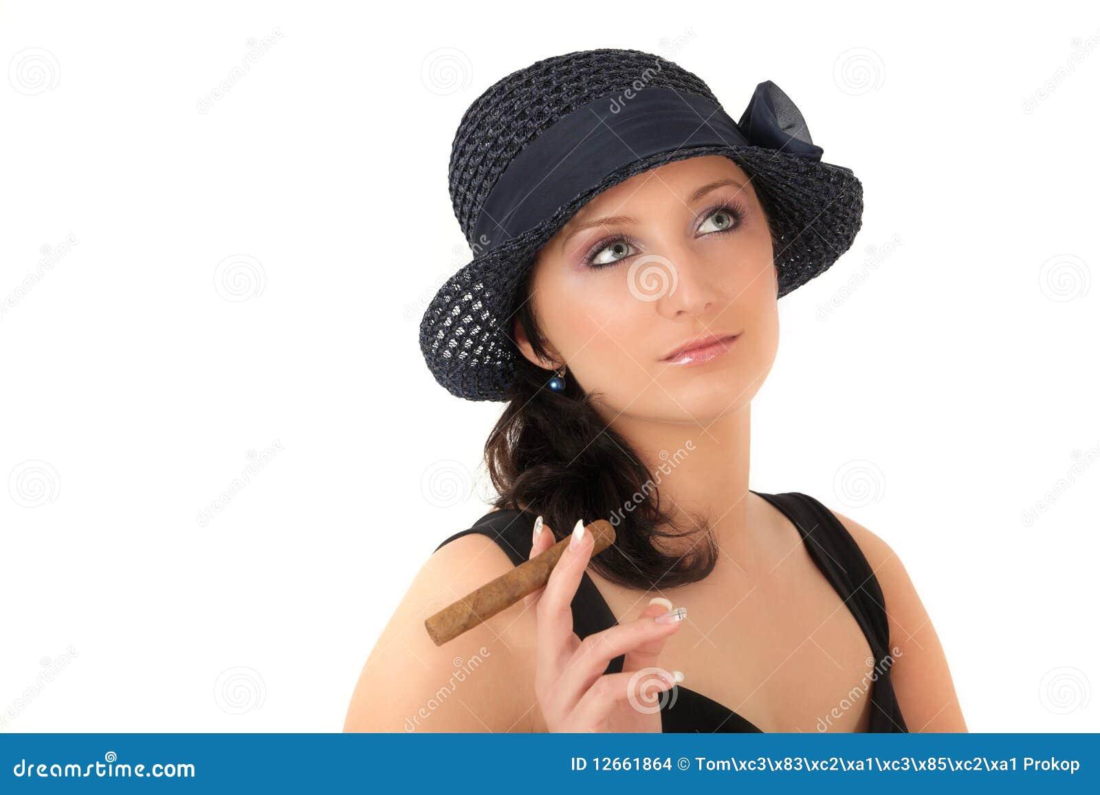 Mujer busca hombre en molins de rei