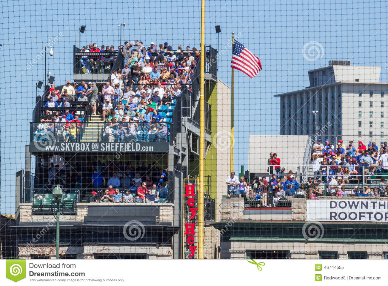 chicago cubs rooftop seating editorial image image of cubs view