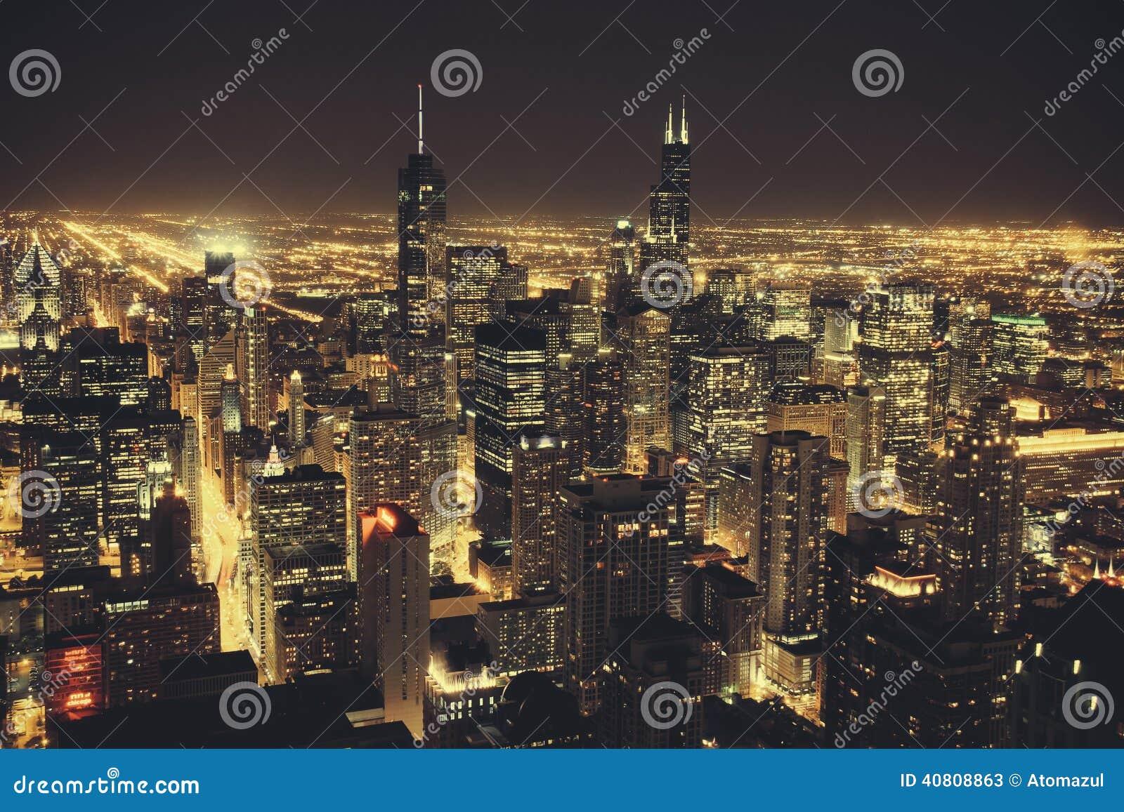Chicago en la noche imagen de archivo. Imagen de horizonte - 40808863