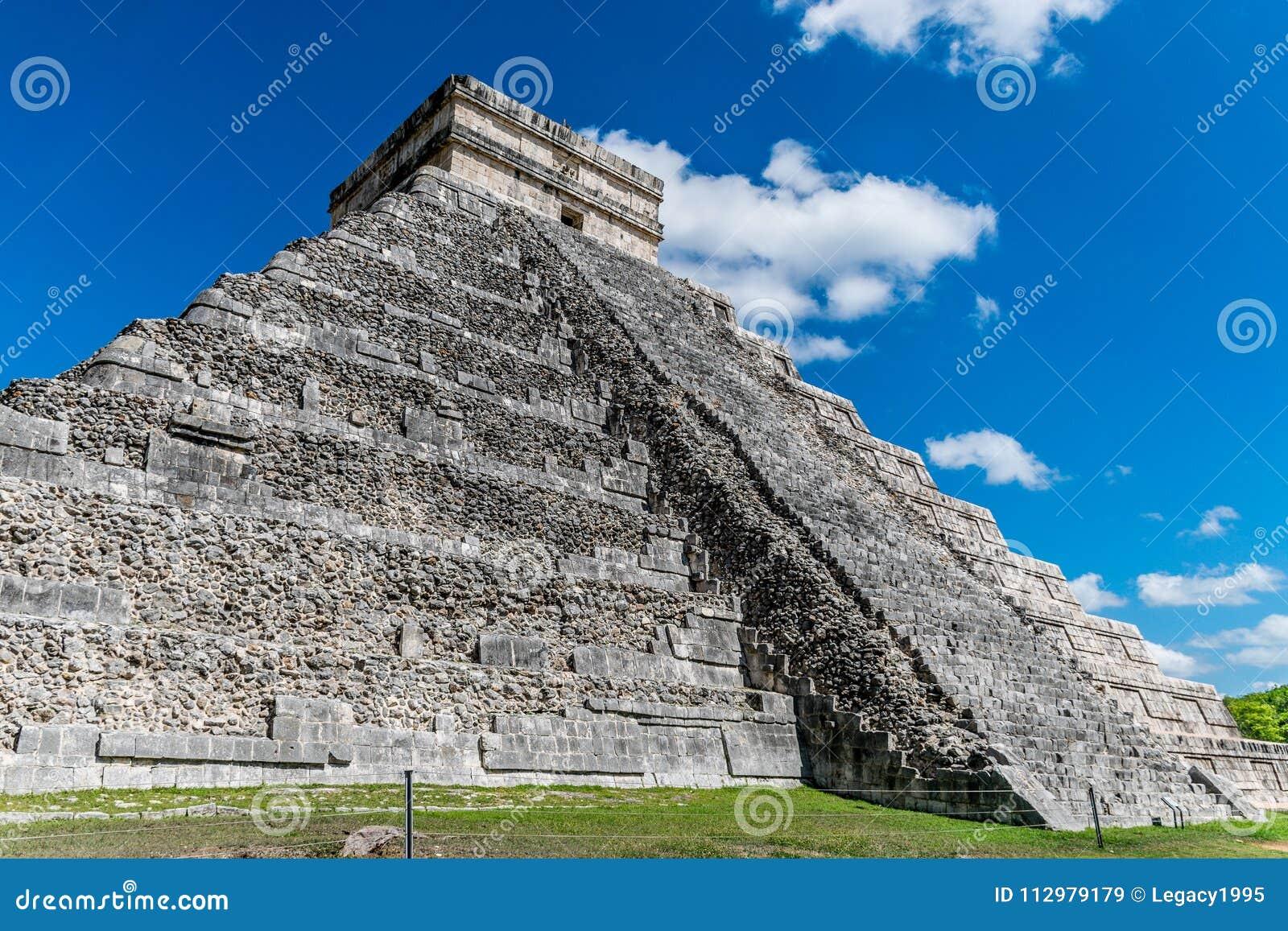 El Castillo in Chichen Itza, Mexico