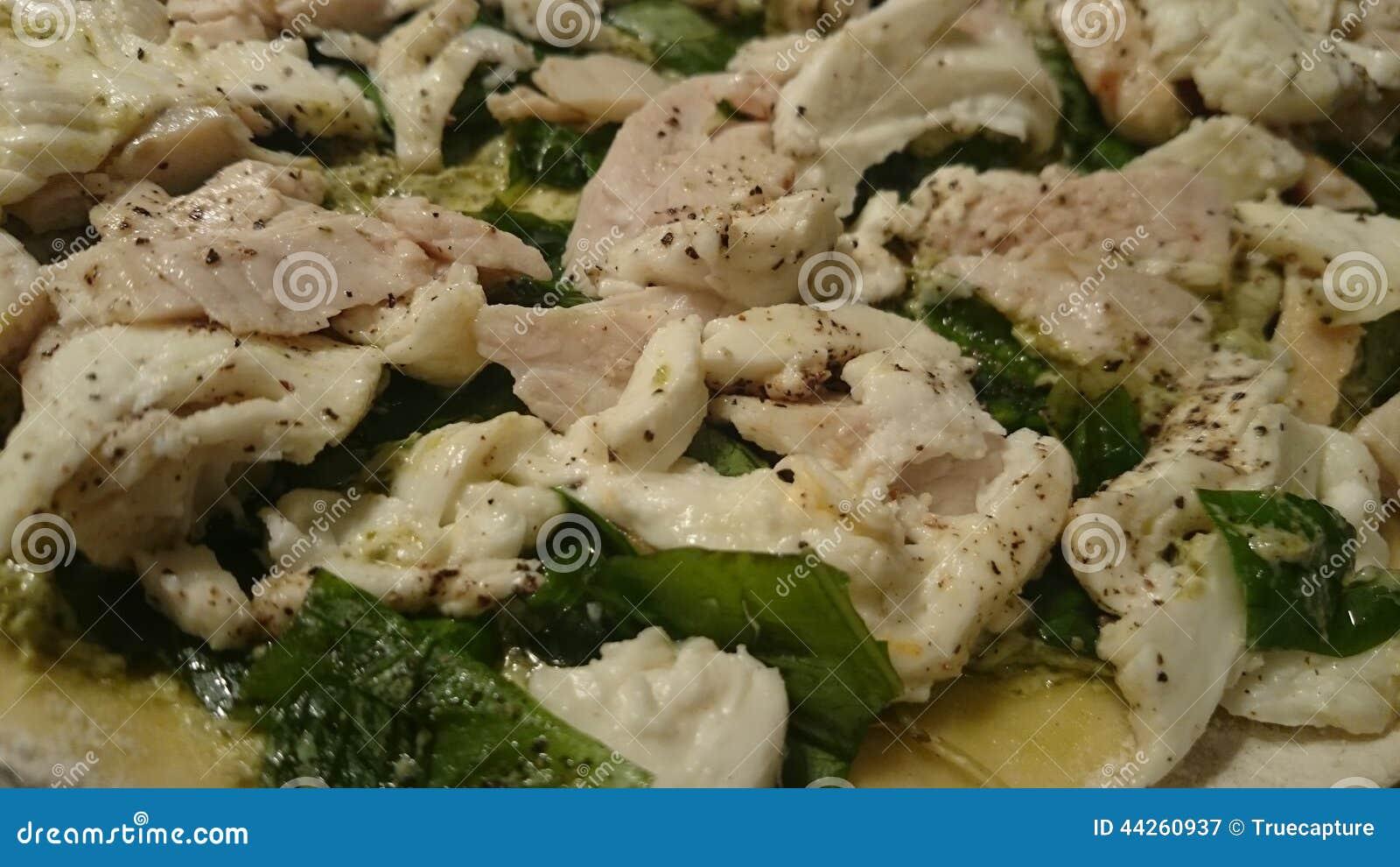 Chicken Basil Pizza Stock Photo - Image: 44260937