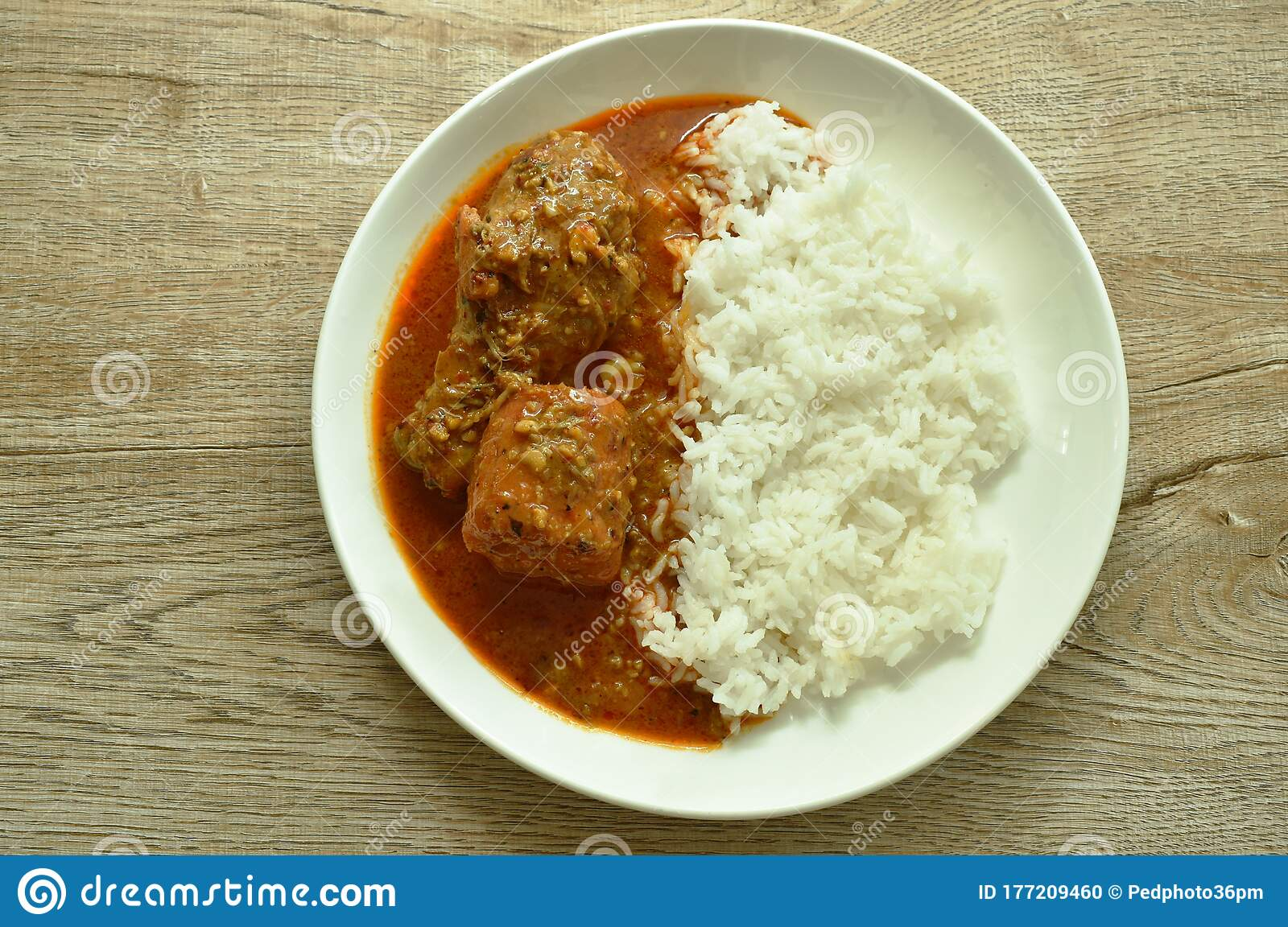 Chicken Leg Spicy And Sweet Curry Or Mussaman Eat With ...
