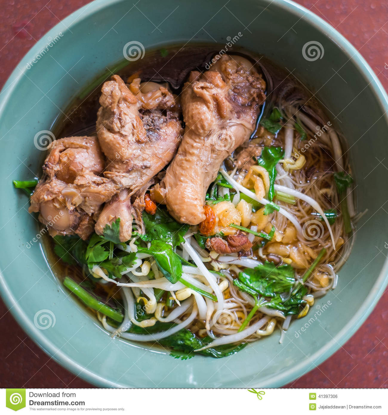 Chicken noodle soup with herbs and vegetables thai stock for What vegetables to put in chicken noodle soup