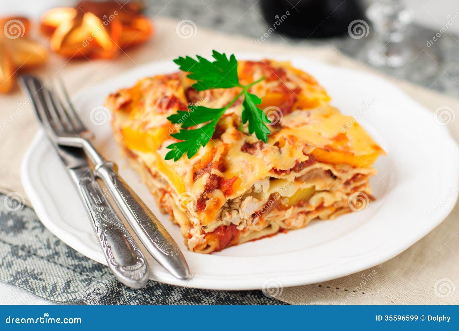 chicken and pumpkin lasagna christmas dinner - Classic Christmas Dinner