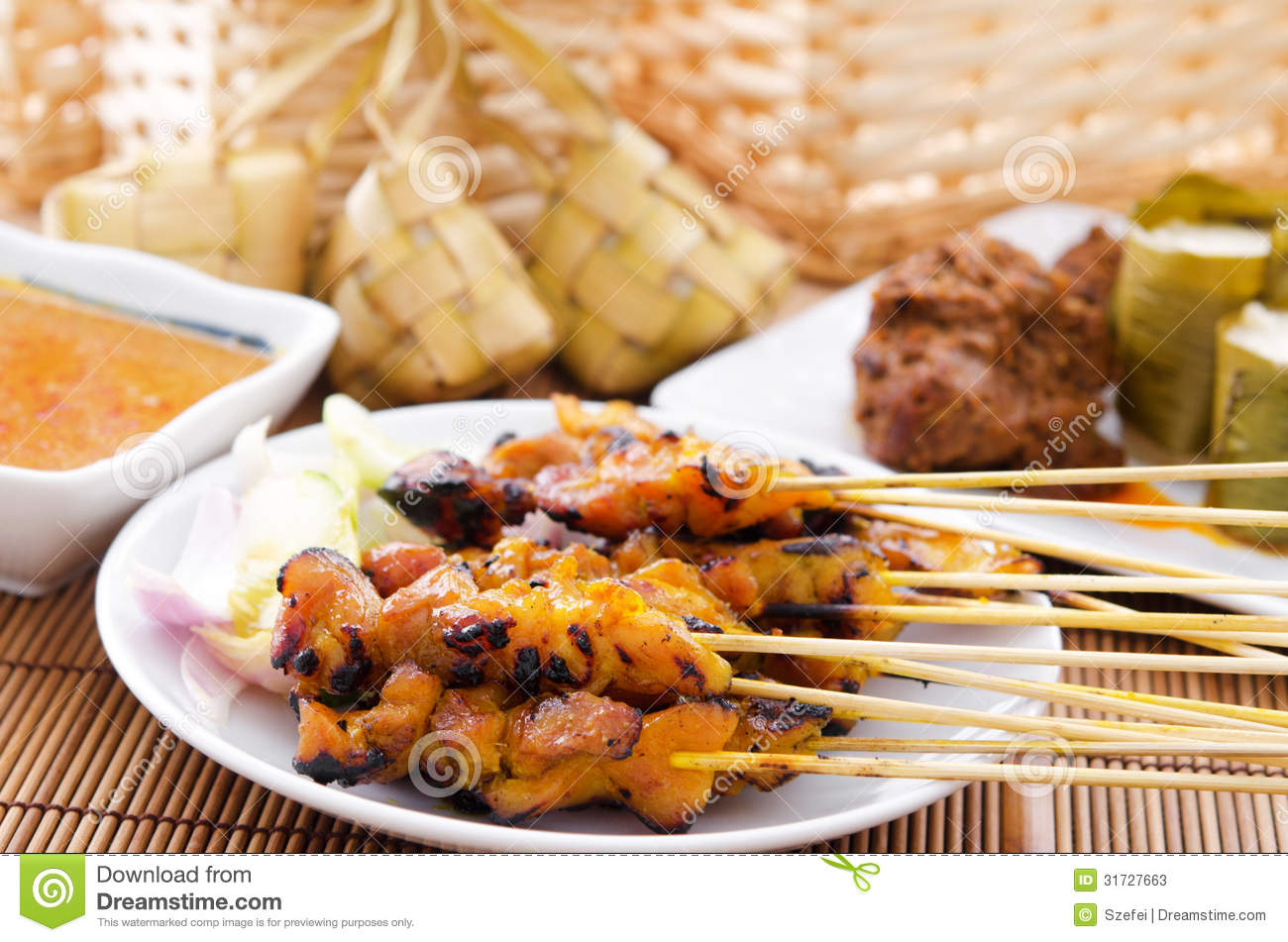 Chicken satay and ketupat stock photos image 31727663 for Authentic malaysian cuisine