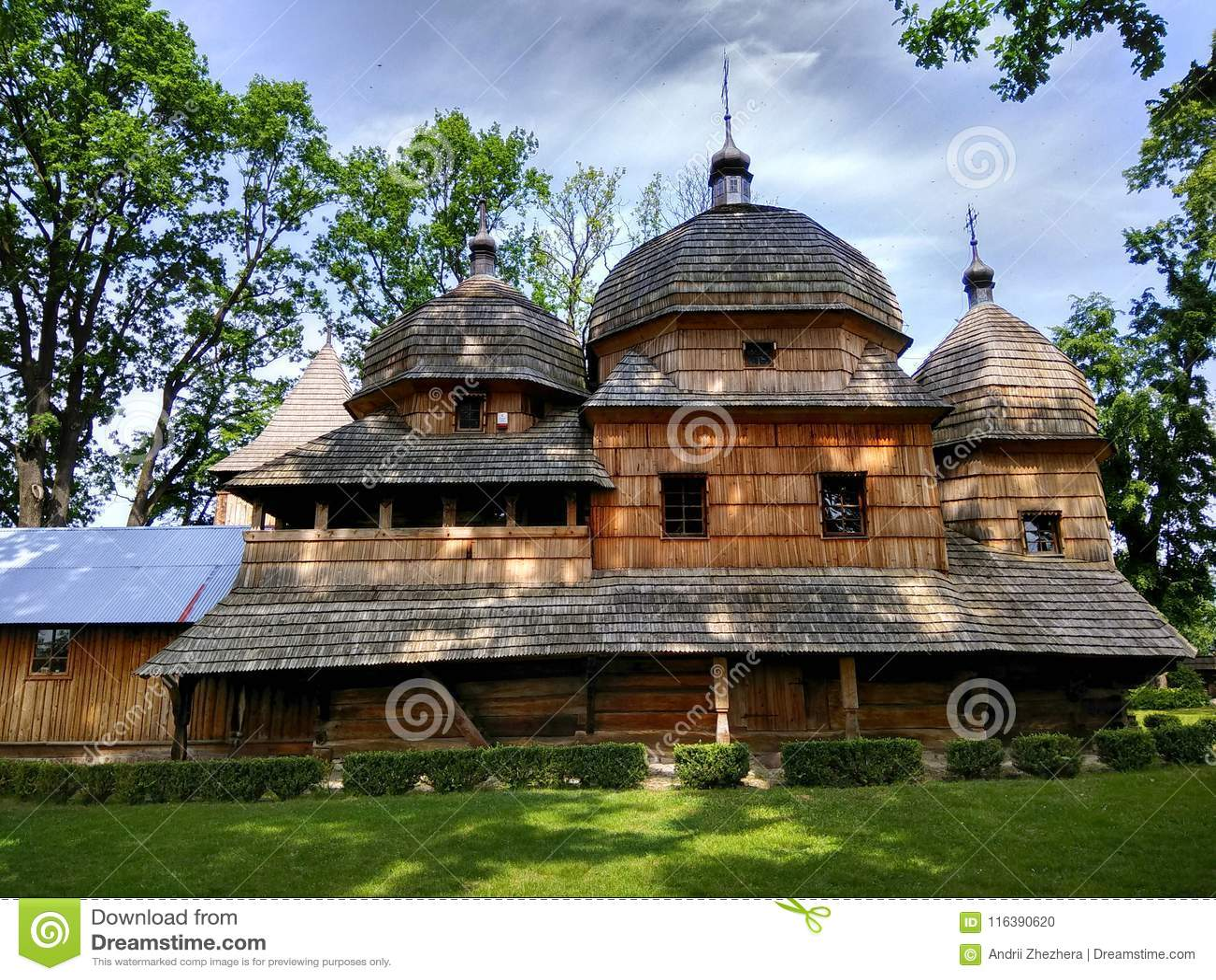 Chiesa cattolica greca ucraina di legno della madre santa di Dio in Chotyniec, Polonia