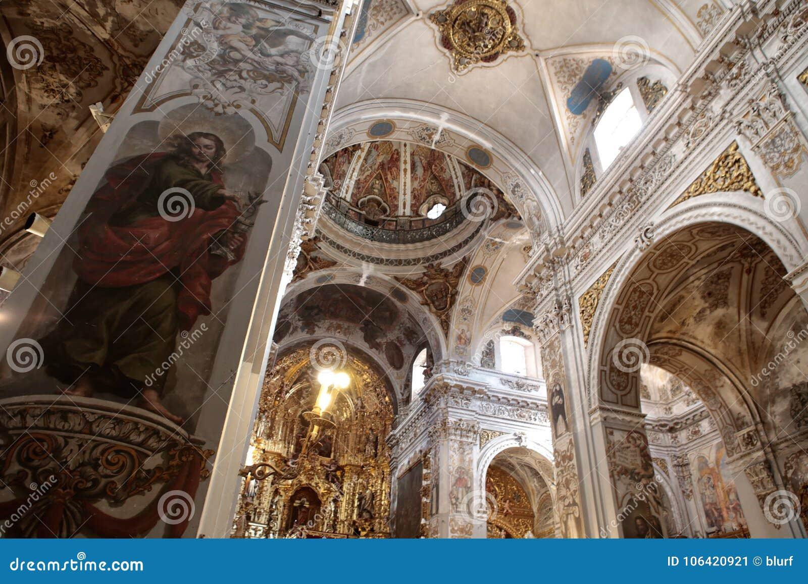 Chiesa di Madeleine del san in dettaglio della parete di Siviglia