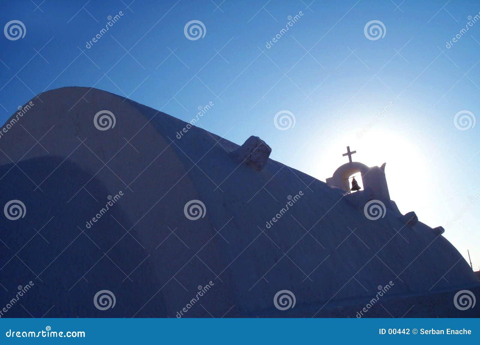 Chiesa ed indicatore luminoso