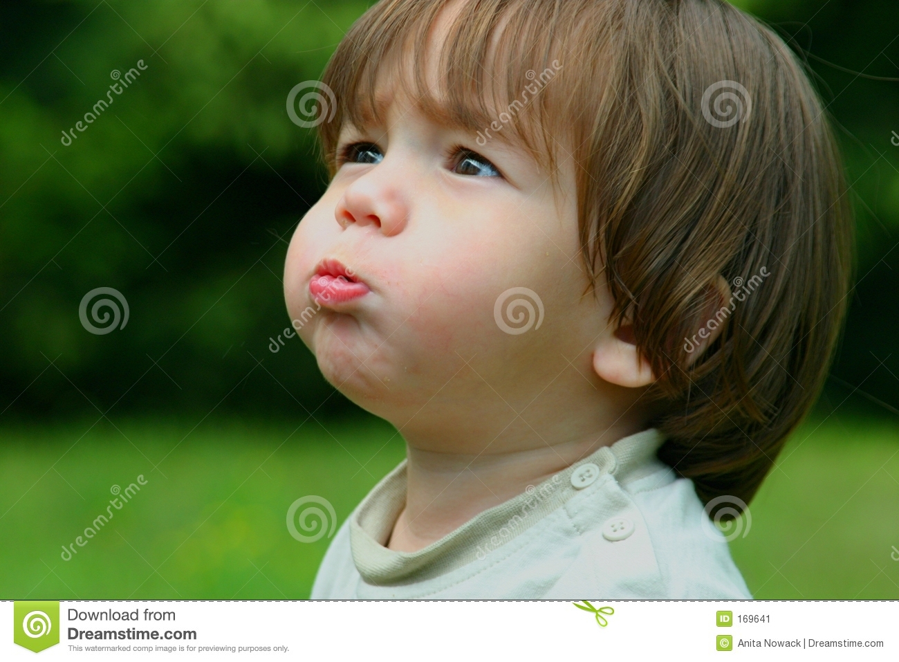 Child active blowing bubbles