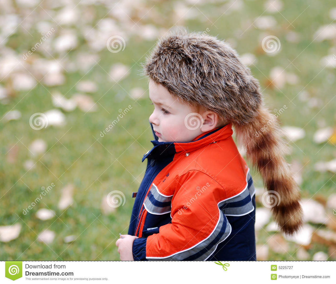 Child with coonskin cap stock image. Image of child 53a20d1e349