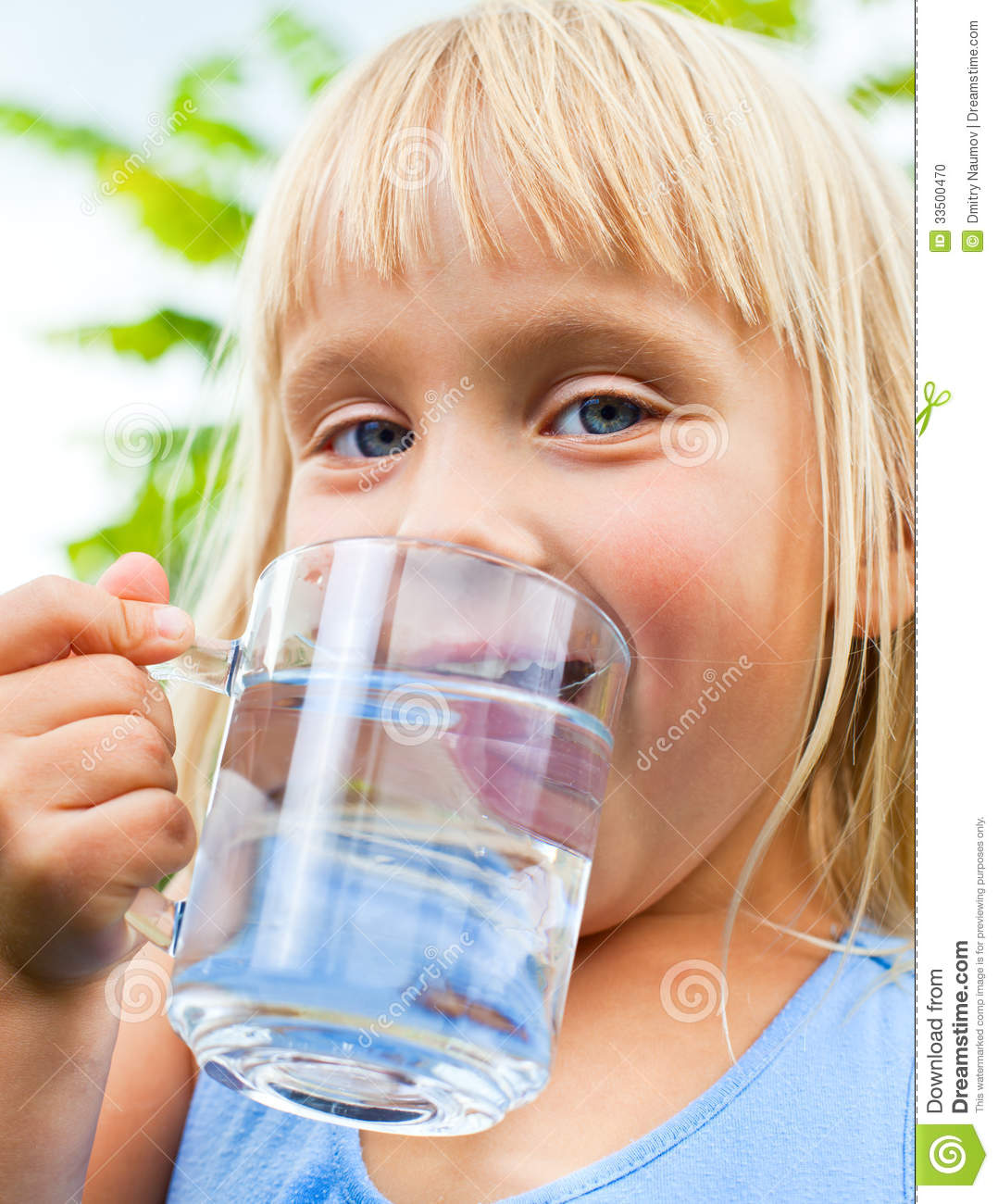 Clipart Child Drinking Water