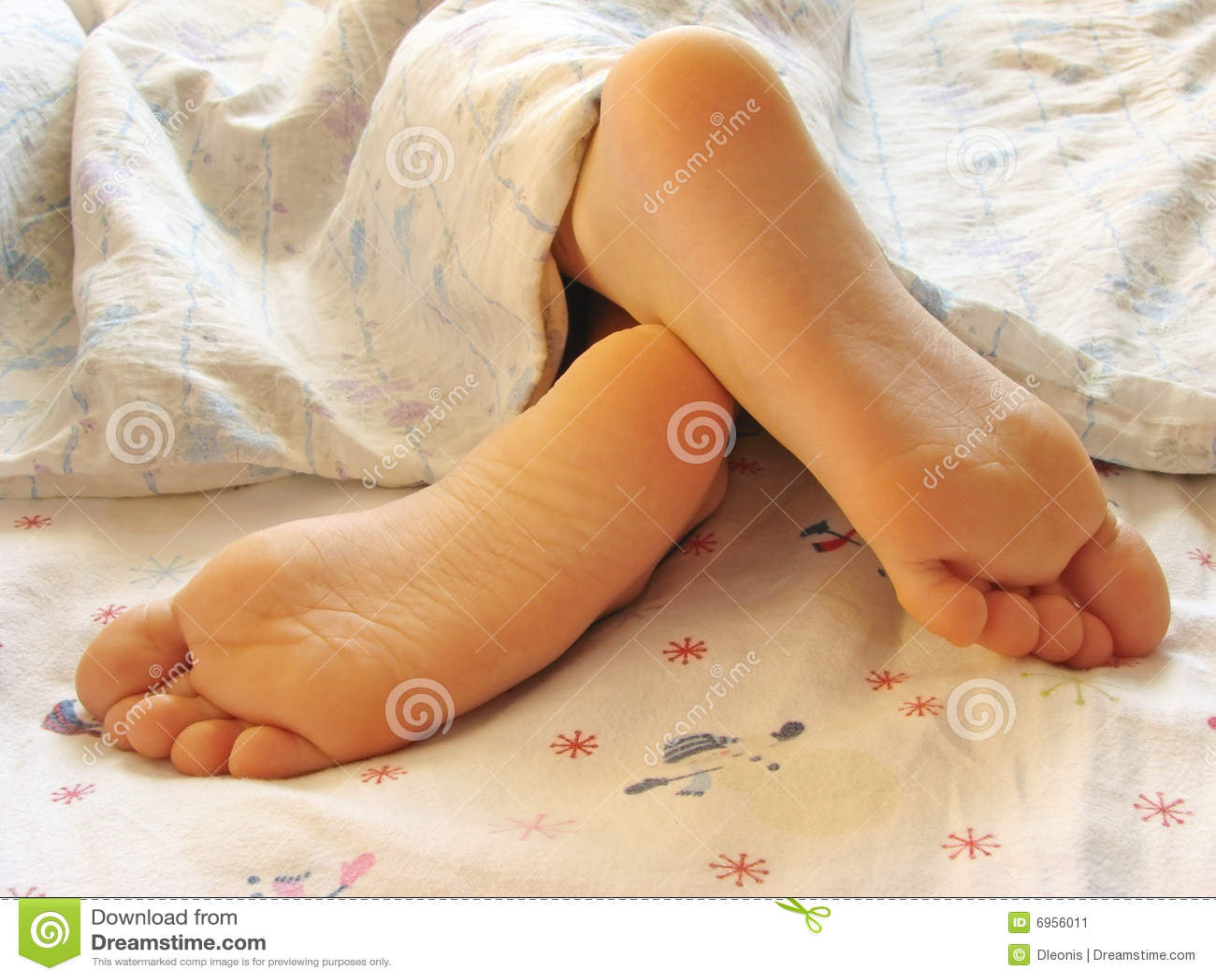 Фото мамины ноги 14 фотография