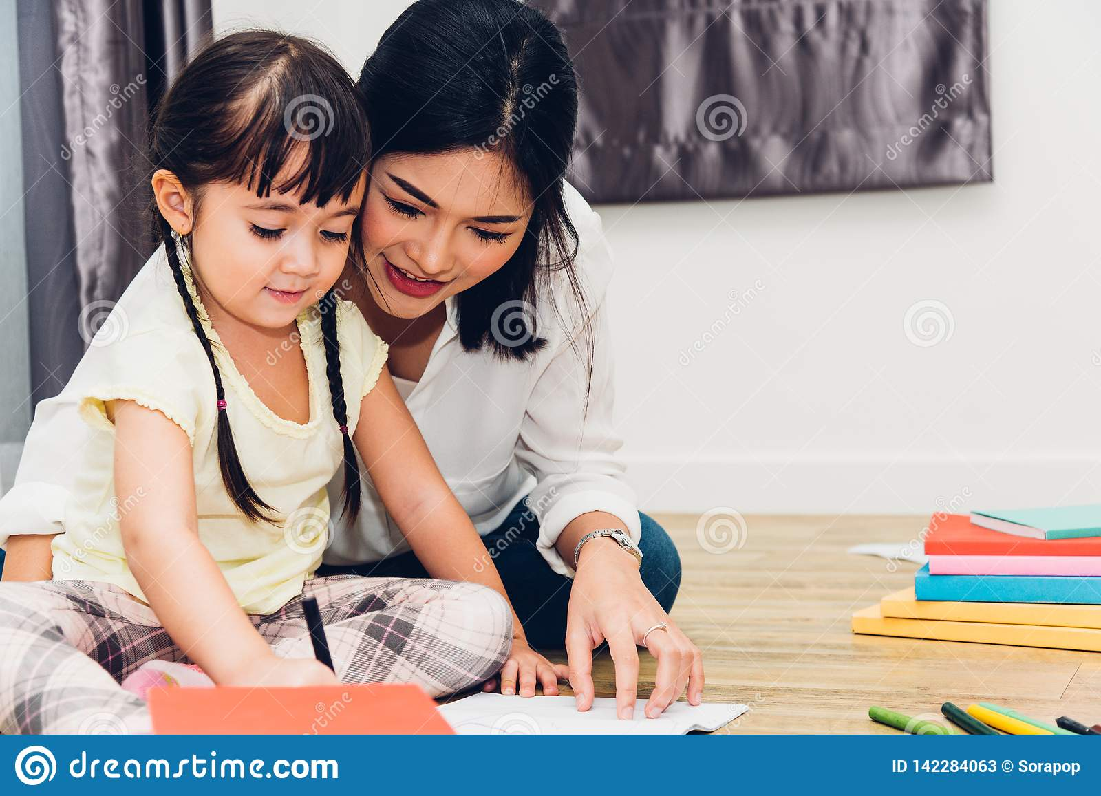 Child kid girl kindergarten drawing teacher education mother with beautiful mother