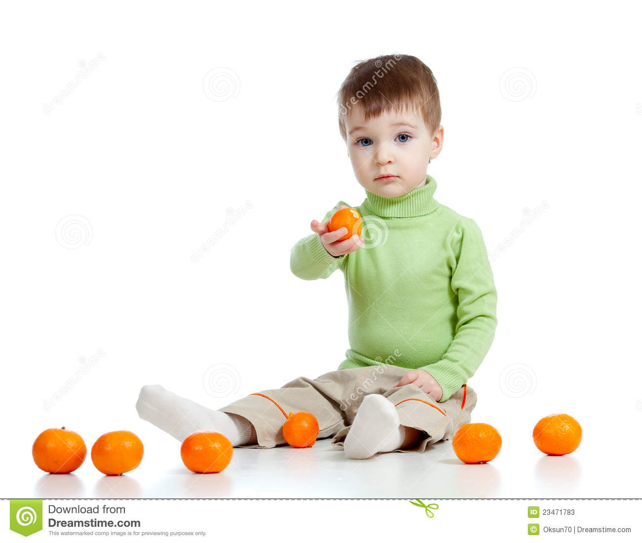 Child offers fruits healthy food