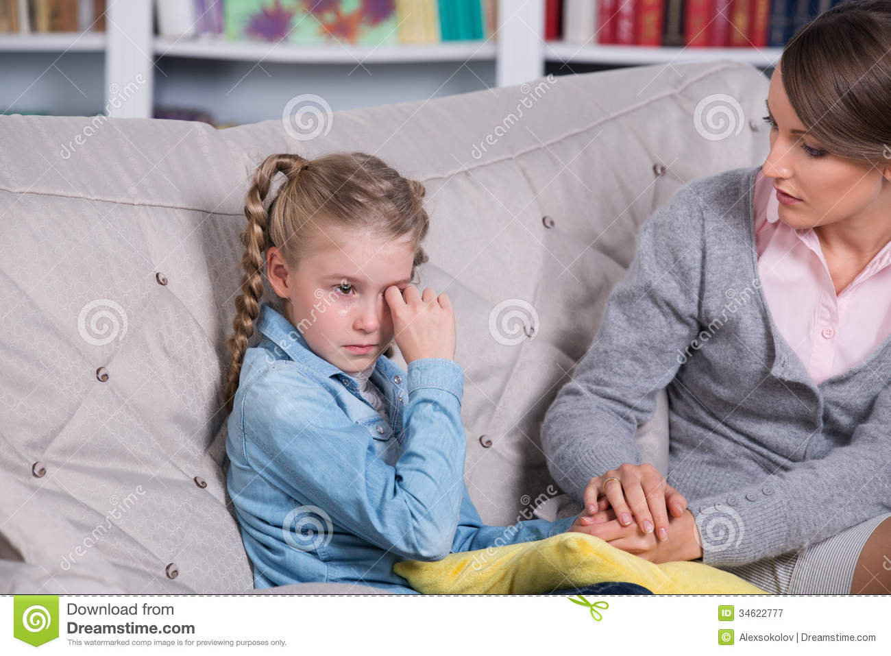 Child Psychologist With A Little Girl Royalty Free Stock