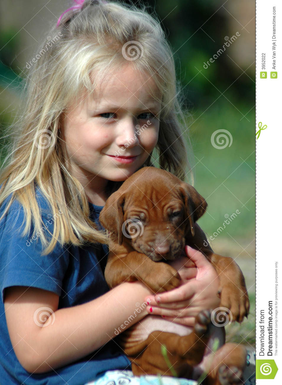 """pets or children Dr maeve moorcroft, pets at home's veterinary advisor, said: """"one of the great things about a childhood pet is the strong bond that can develop pets can help reduce children's anxiety credit: rex."""