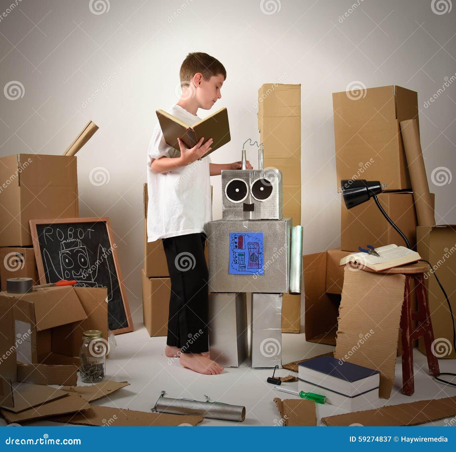 bo cardboard robot reading - photo #7
