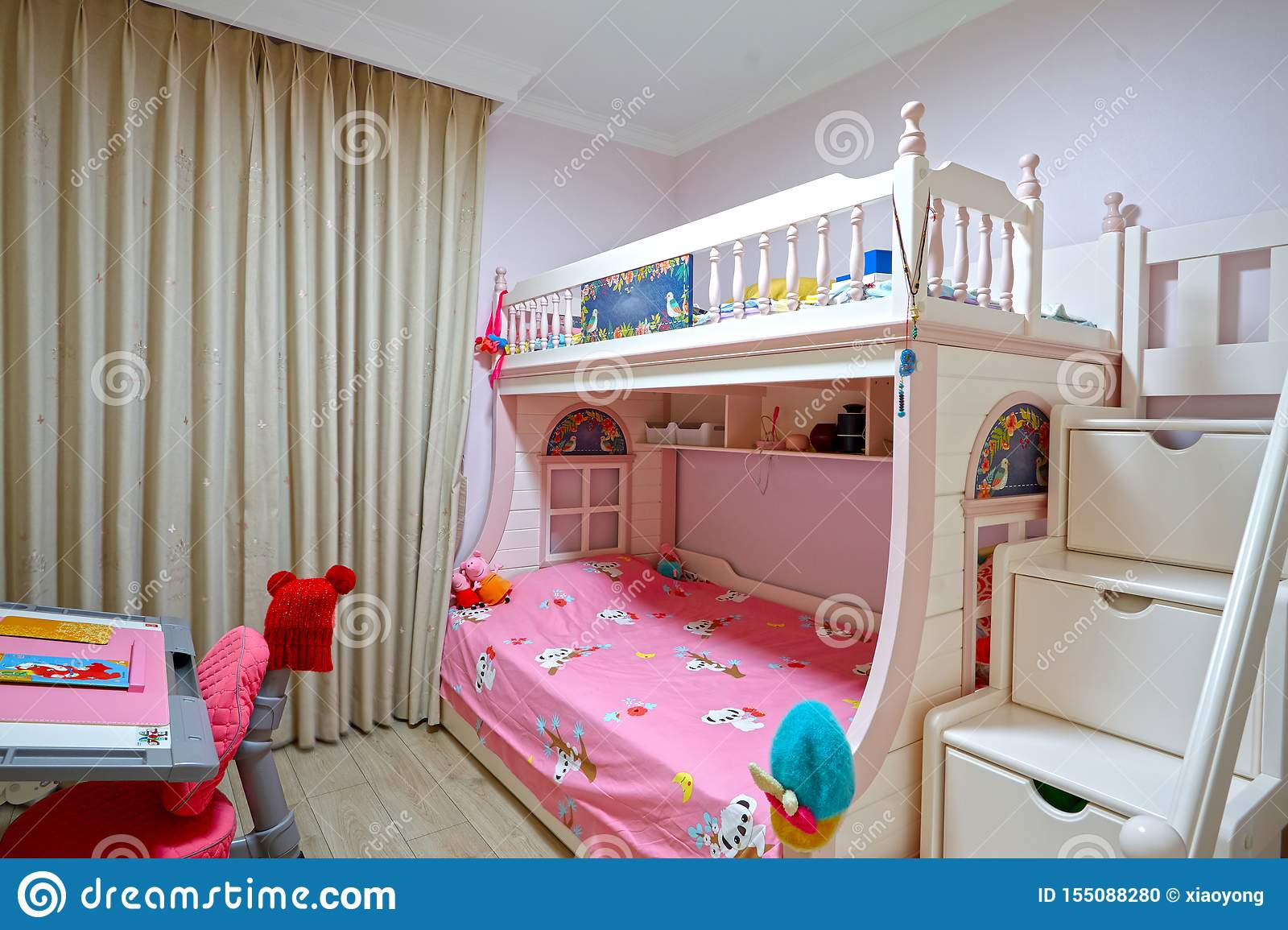 Picture of: 363 Wall Bunk Photos Free Royalty Free Stock Photos From Dreamstime
