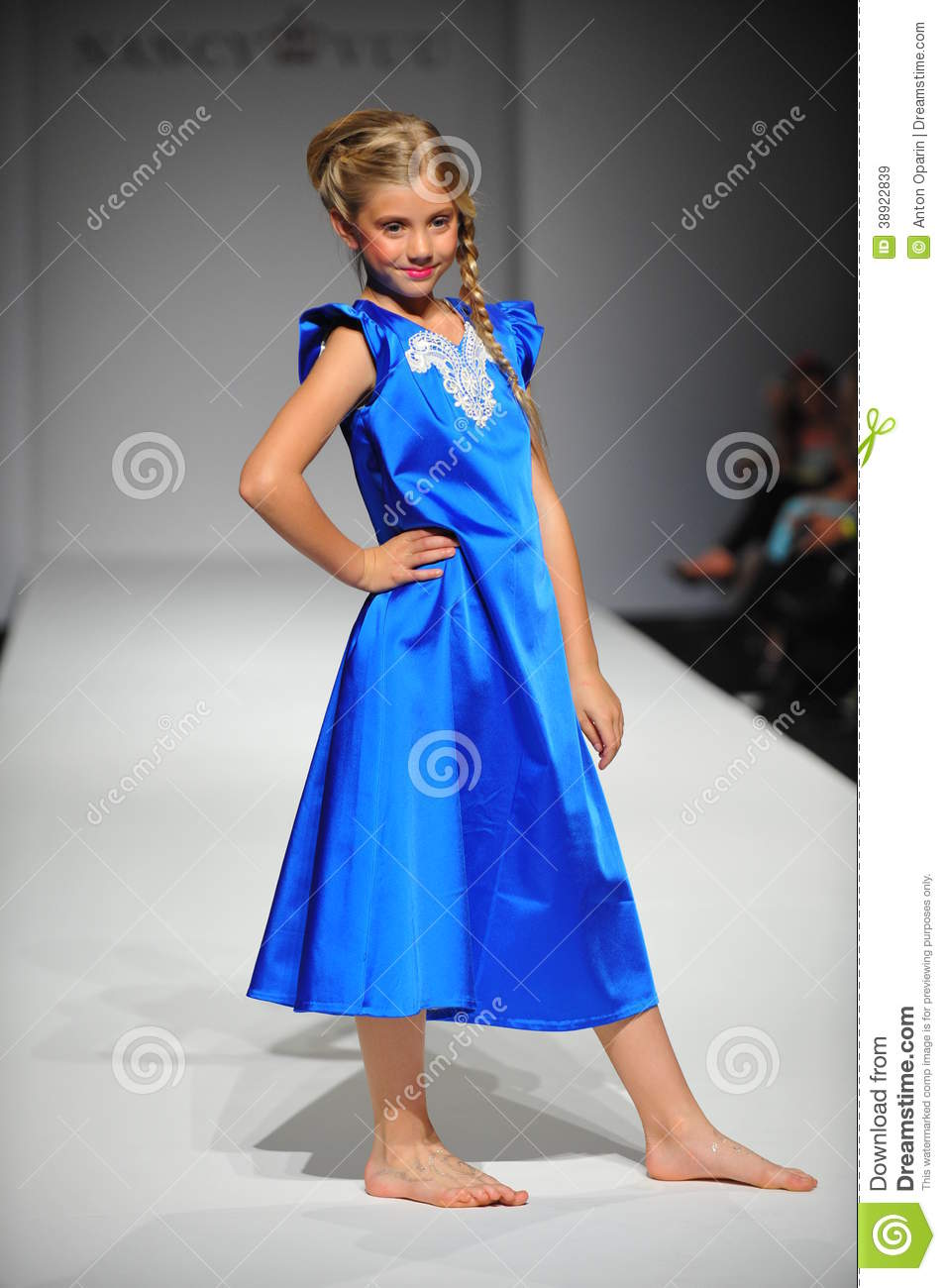 A Child Walks Runway At Nancy Vuu Children Show Editorial Stock Image Image Of Girl Little
