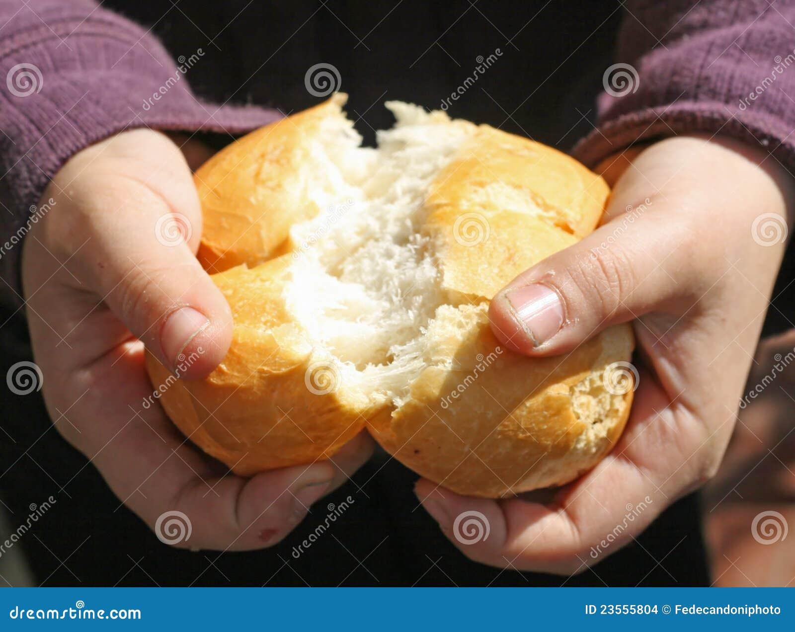 Почему хлеб нельзя класть горбушкой вниз
