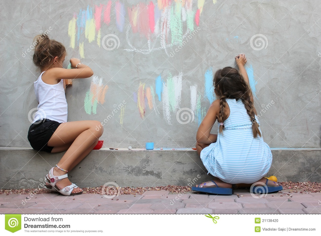 Children Drawing On The Wall Stock Photo Image 21138420