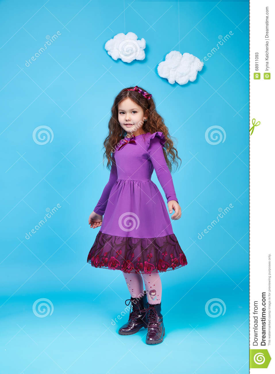 Kids Girl On Fashion Style Royalty Free Cartoon 86341439