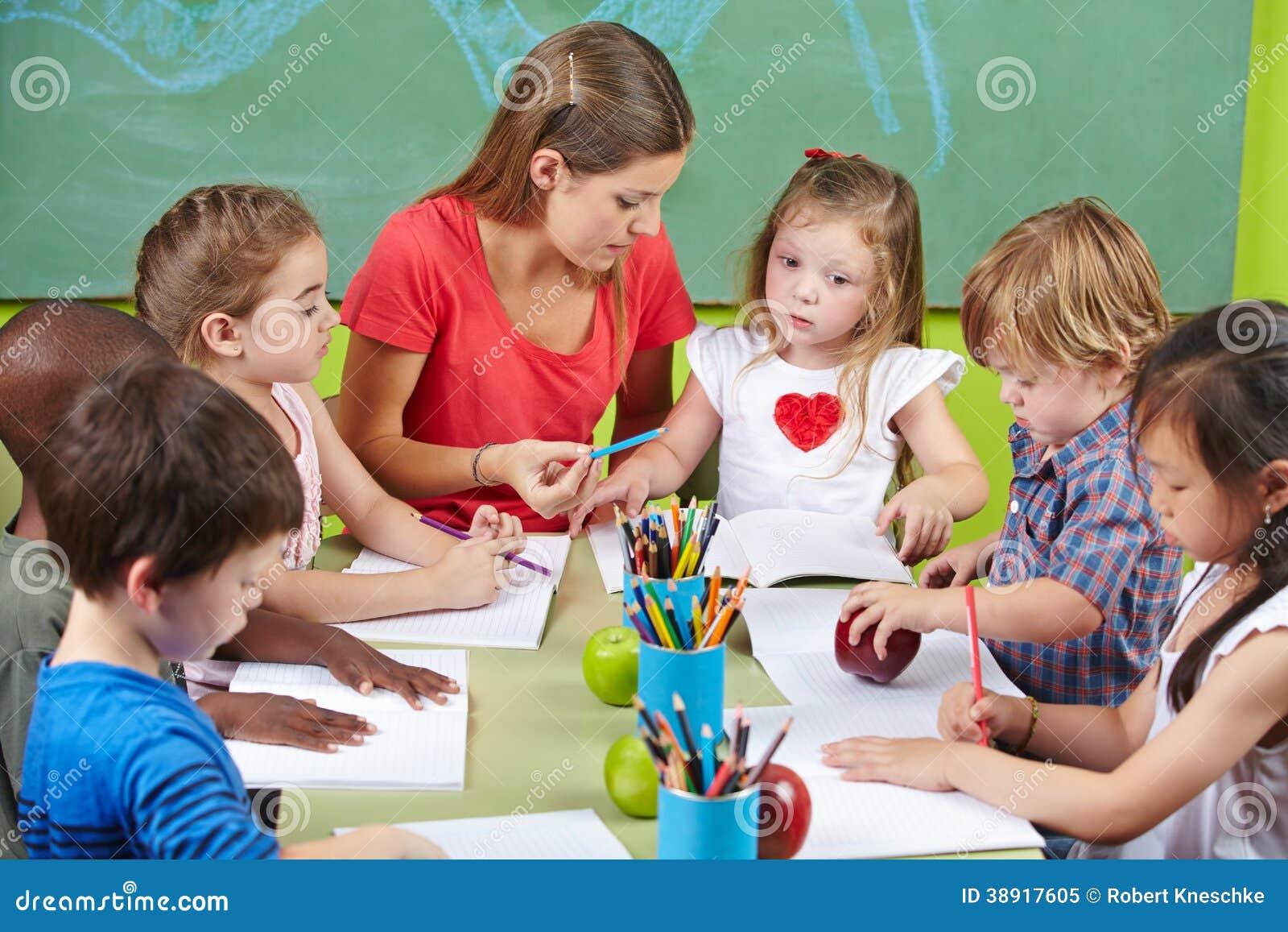 teaching photo essay to children