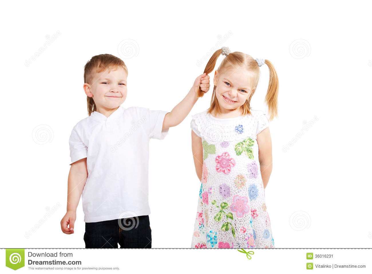 Small child Love Wallpaper : children Love. couple Of Small Kids Stock Image - Image: 36016231