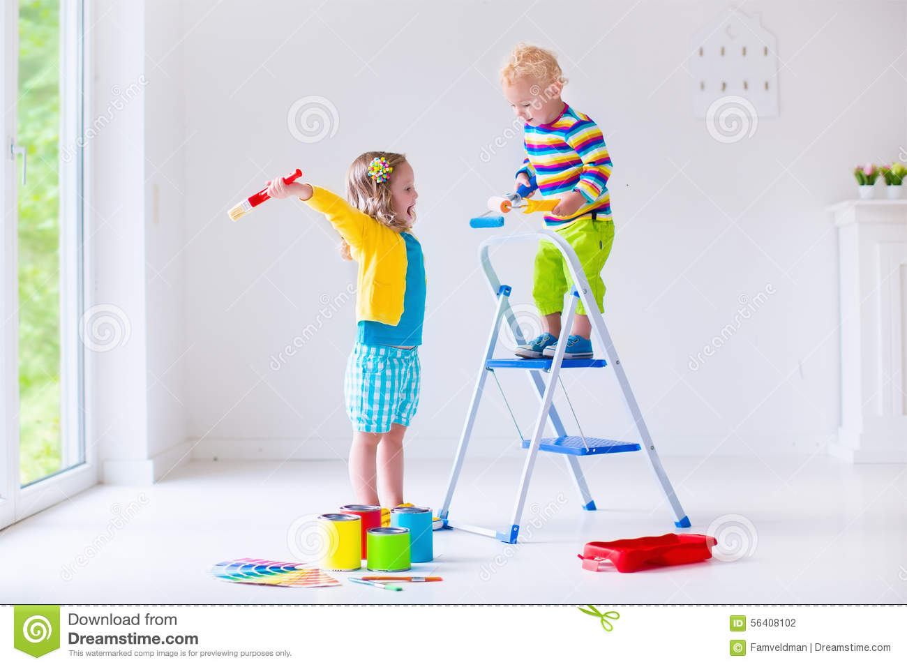 children painting walls at home - Kids Paint Download