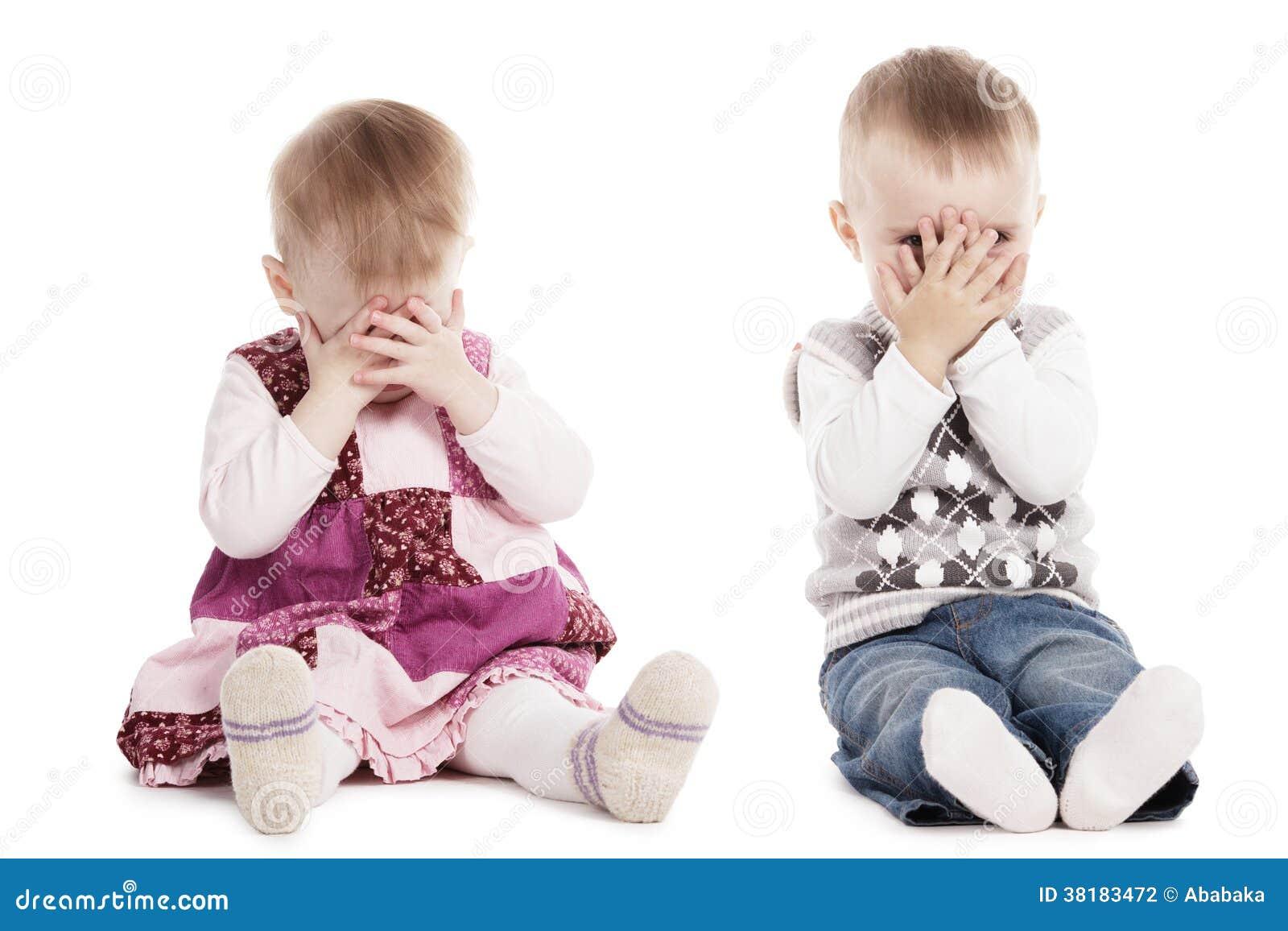 Hide Seek Kids: Children Playing Hide And Seek Stock Photography