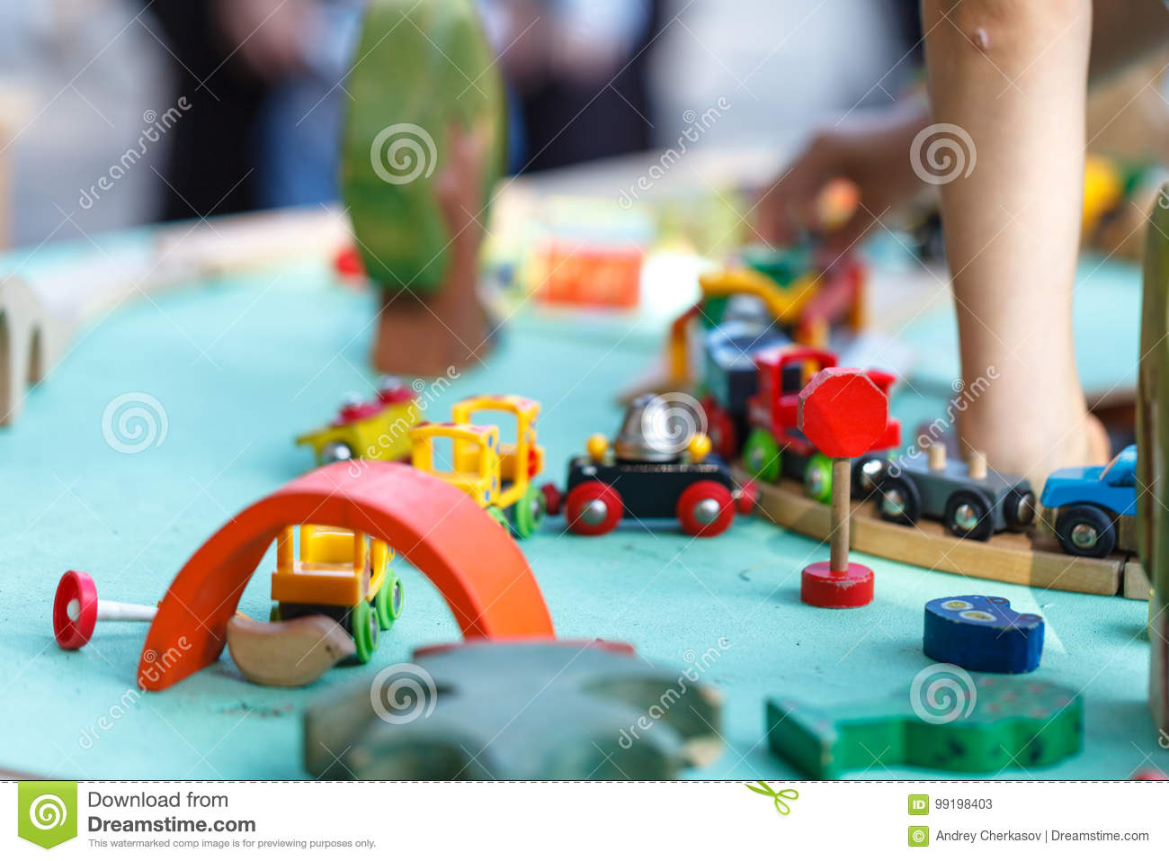 Children playing with homemade do it yourself educational toys download comp solutioingenieria Image collections