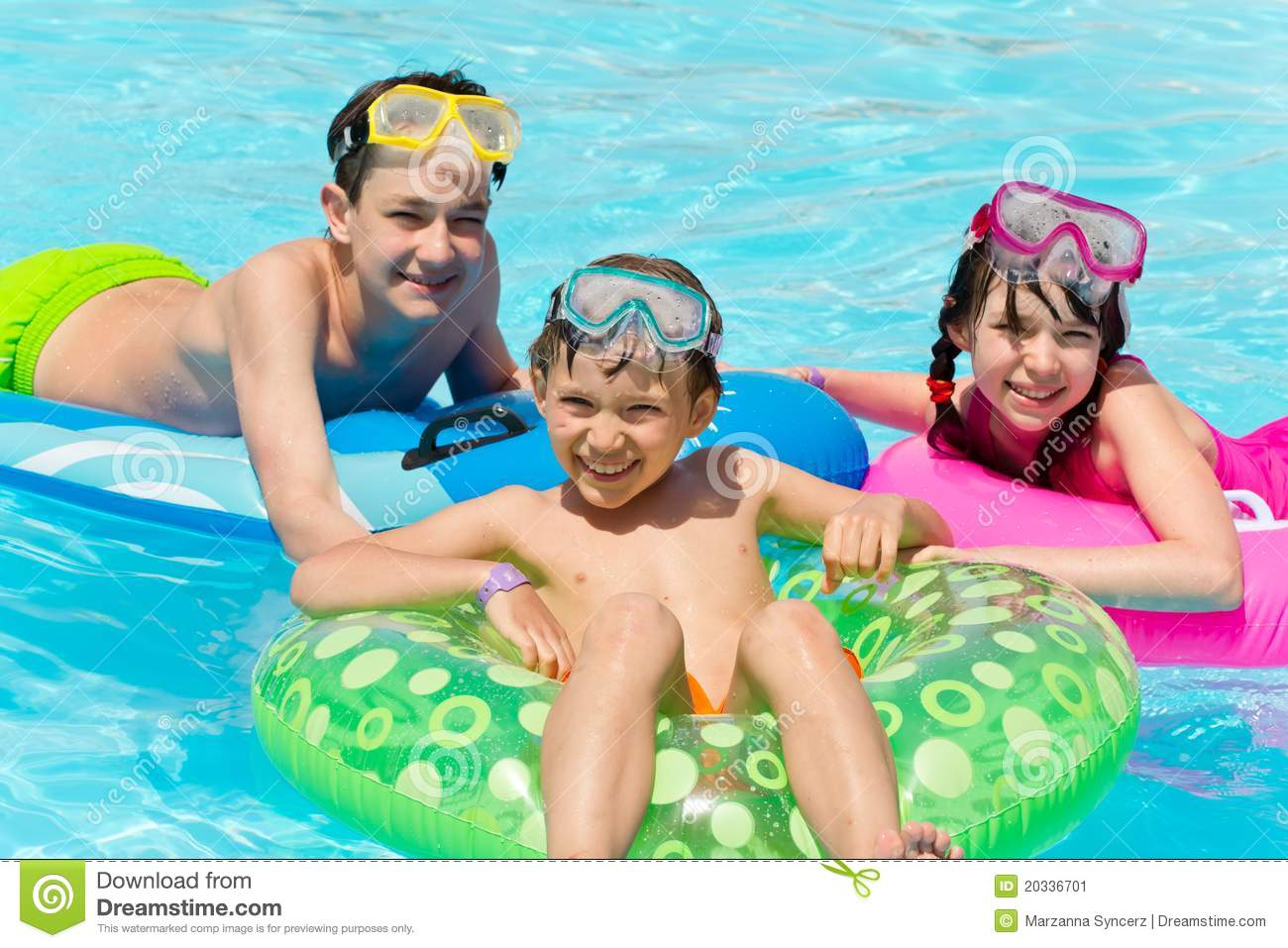 Children Playing In Pool Stock Image - Image: 20336701