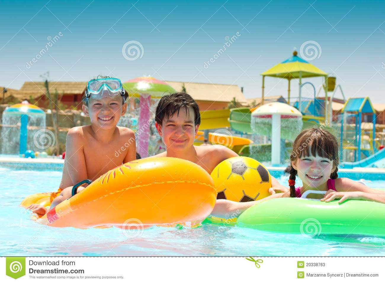 Children Playing In Pool Stock Photos - Image: 20338763
