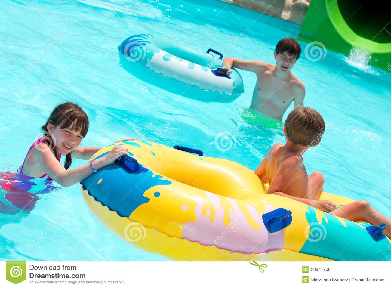 Children Playing In Pool Royalty Free Stock Photos - Image ...