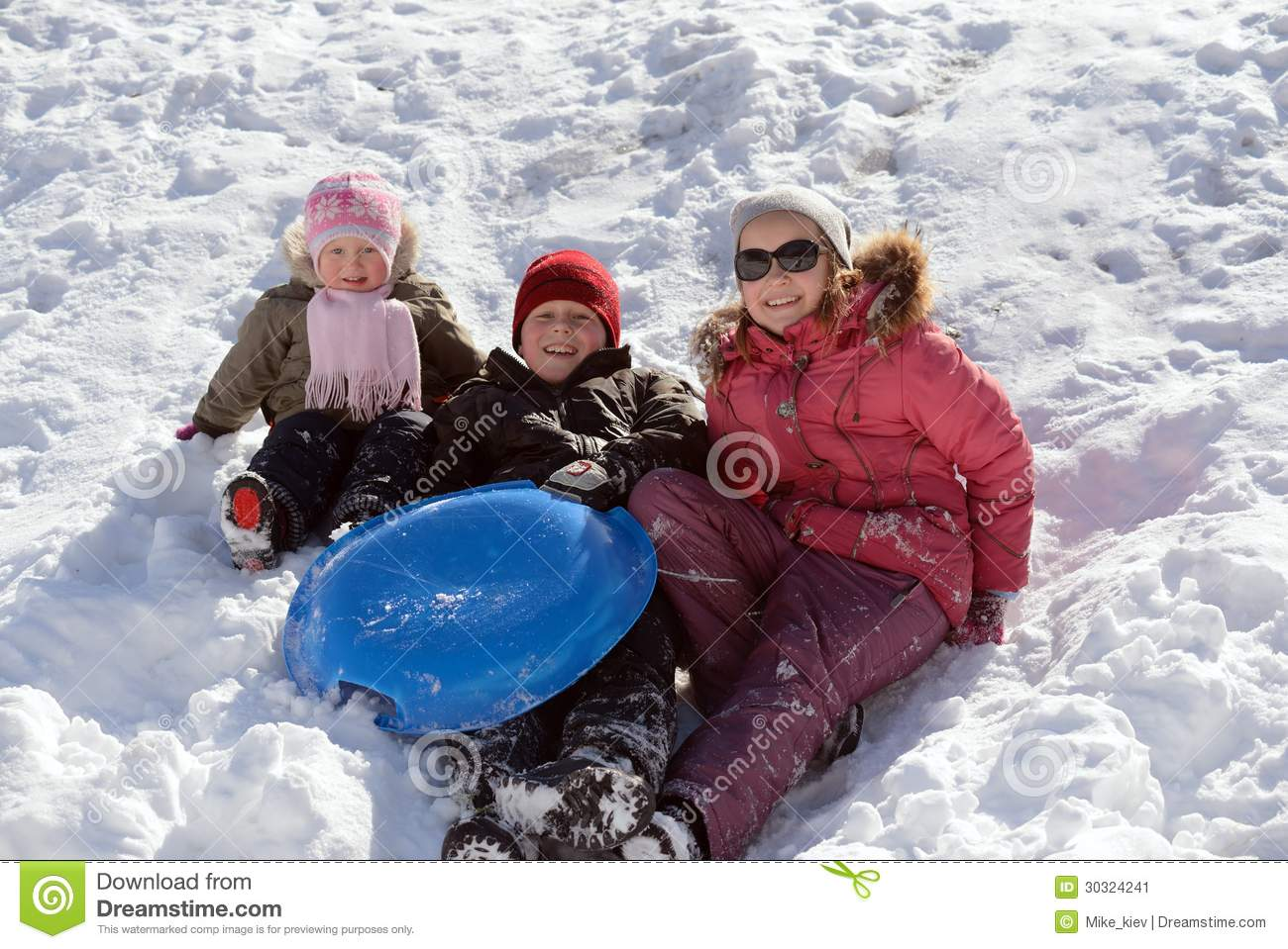 Children playing in snow stock image image 30324241 for Vacation in the snow