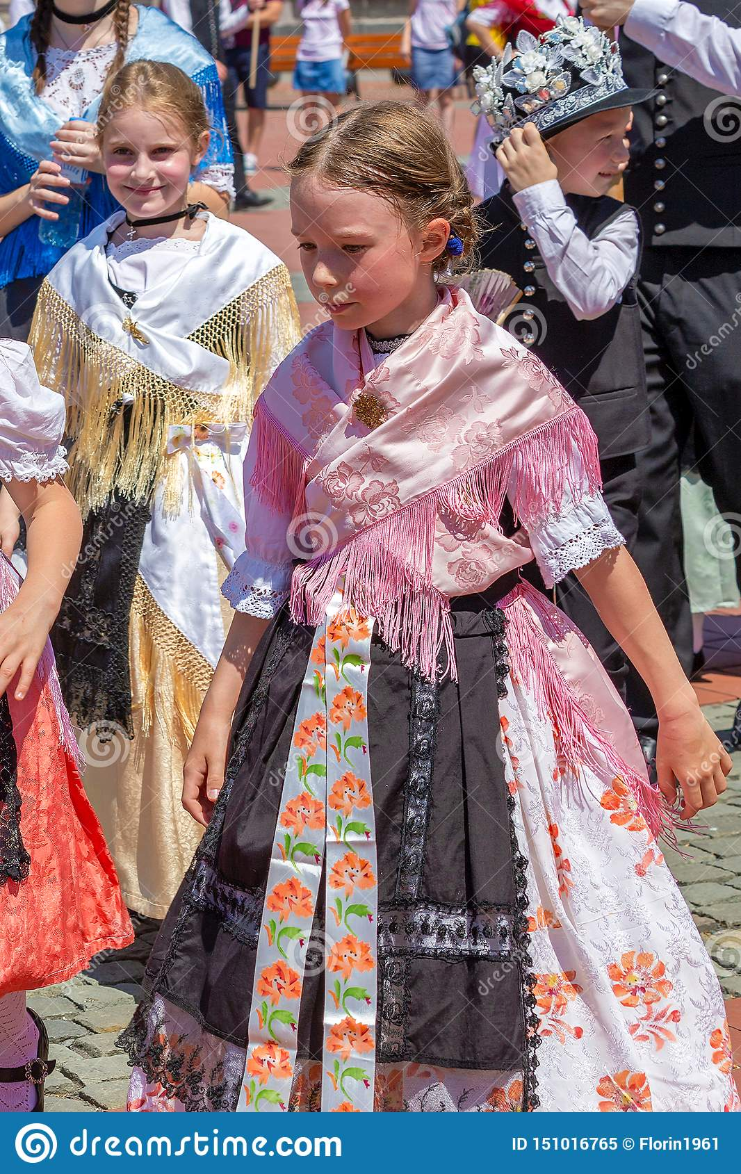 Childs at the parade of the Swabian folk costumes