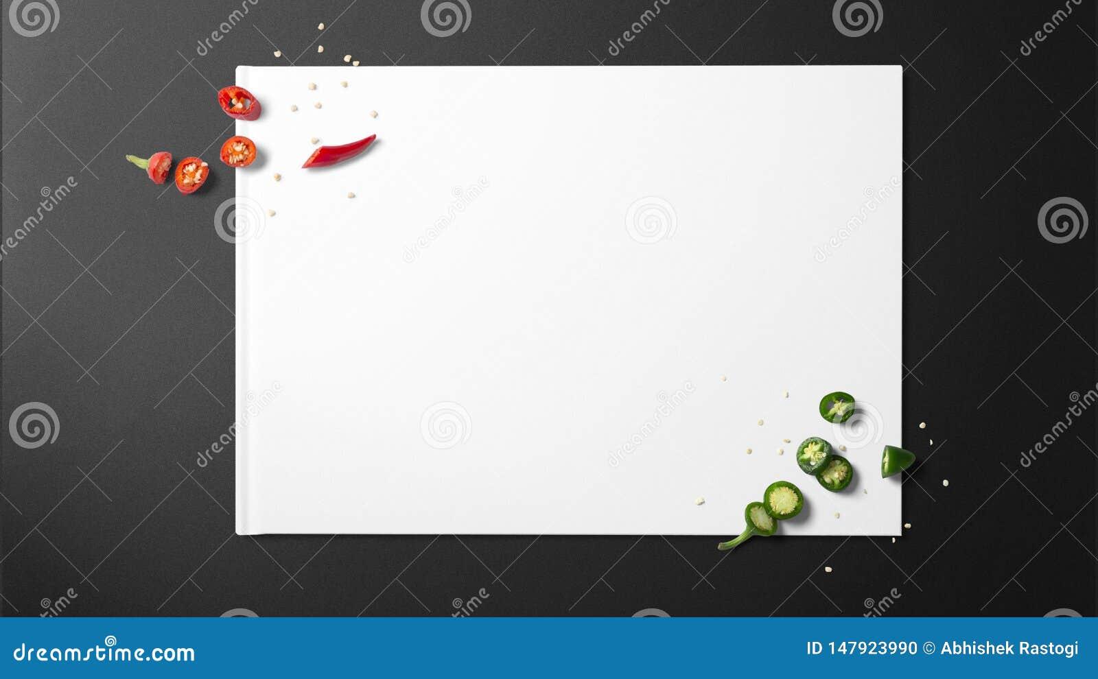 Chiles verdes tajados y chiles rojos tajados en el Libro Blanco