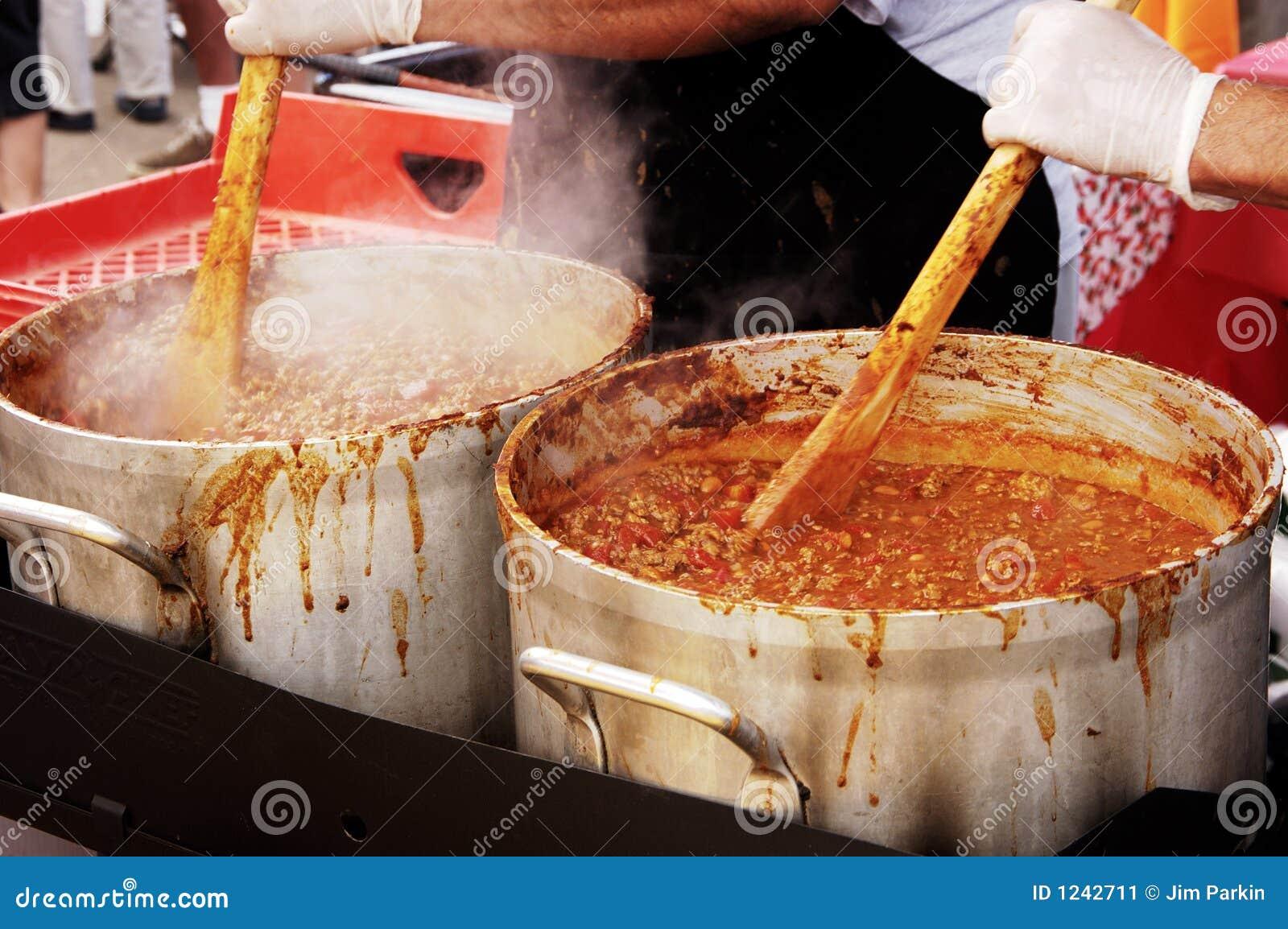Chili 1 cook.