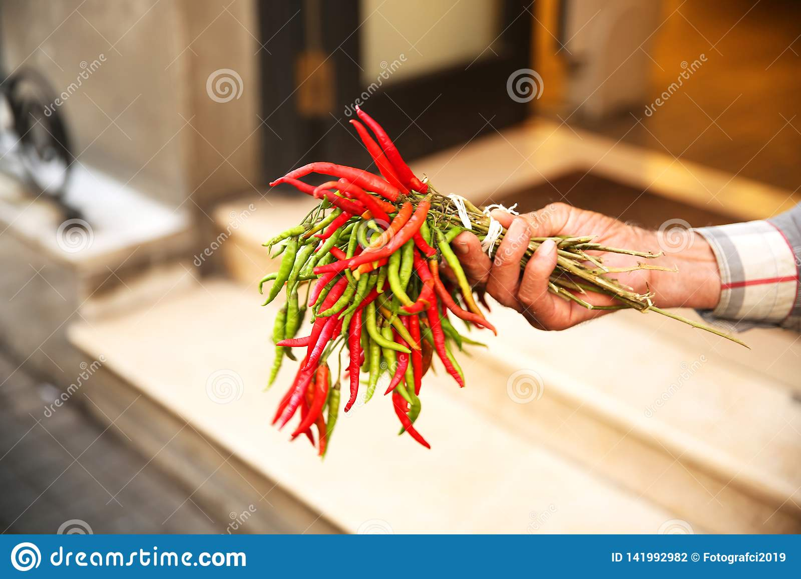 Chili Pepper Seller em Istambul Beyoglu