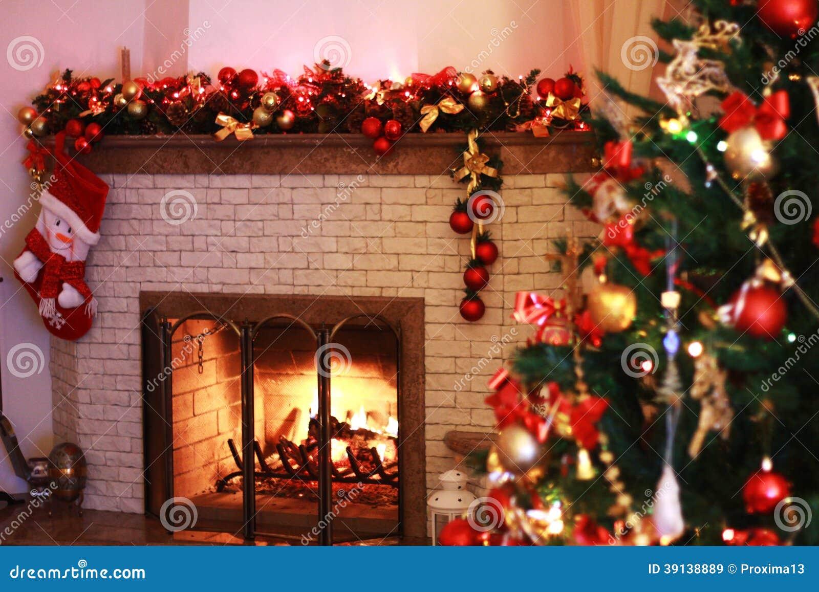 Chimenea casera en las decoraciones de la navidad imagen for Fotos decoracion navidad