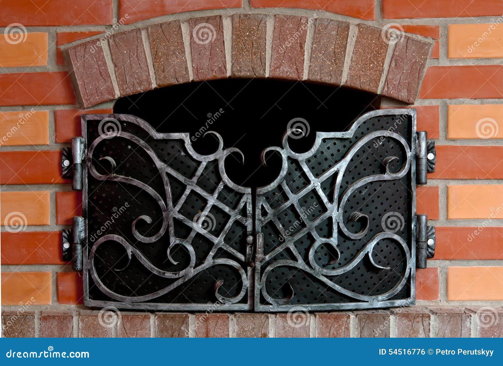 Chimenea del ladrillo foto de archivo imagen de fuego - Chimenea ladrillo ...