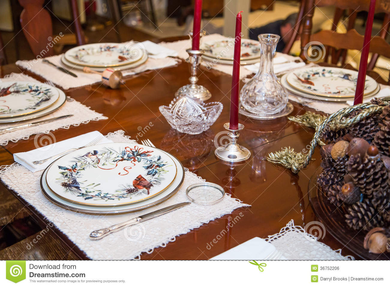 Elegant Tableware For Dining Rooms With Style: China Plates On Formal Dining Room Royalty-Free Stock