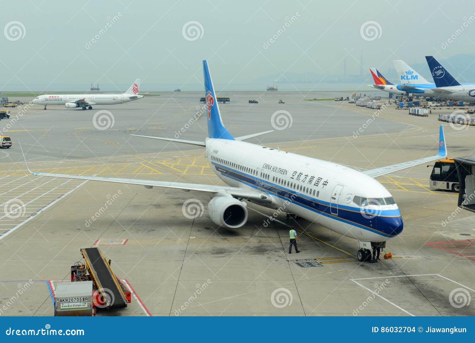 China Southern Airlines B737 in Hong Kong Airport